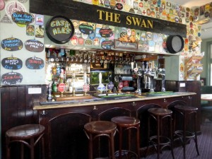 The Swan Crawley Bier-Traveller (7)