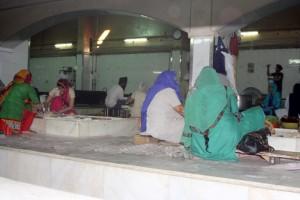 Bier-Traveller.com Bangla Sahib Gurudwara (18)