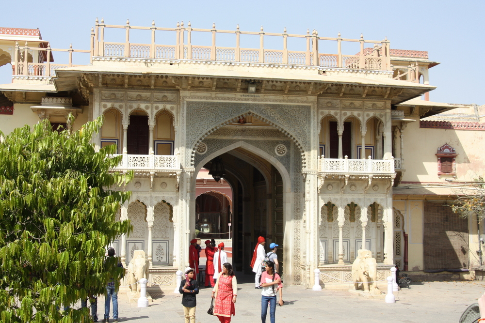 Jaipur City Palace Bier-Traveller (17)