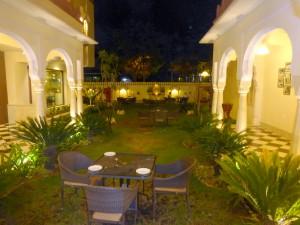 Jaipur Shahpura Hotel Bier-Traveller (2)