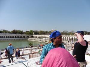 New Delhi Bangla Sahib Gurudwara Bier-Traveller (10)