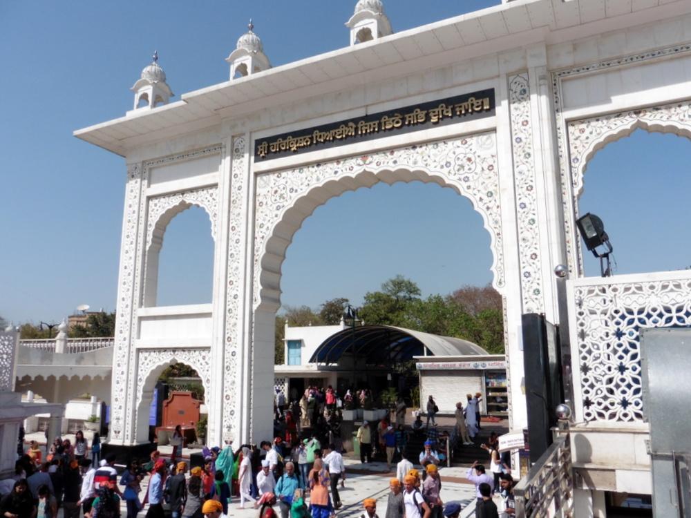 New Delhi Bangla Sahib Gurudwara Bier-Traveller (5)