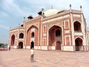 New Delhi Humayun's Tomb Bier-Traveller (6)