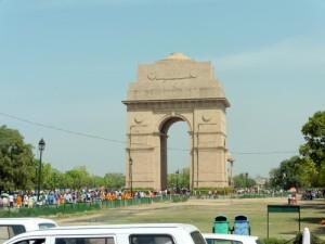 New Delhi India Gate Bier-Traveller (2)