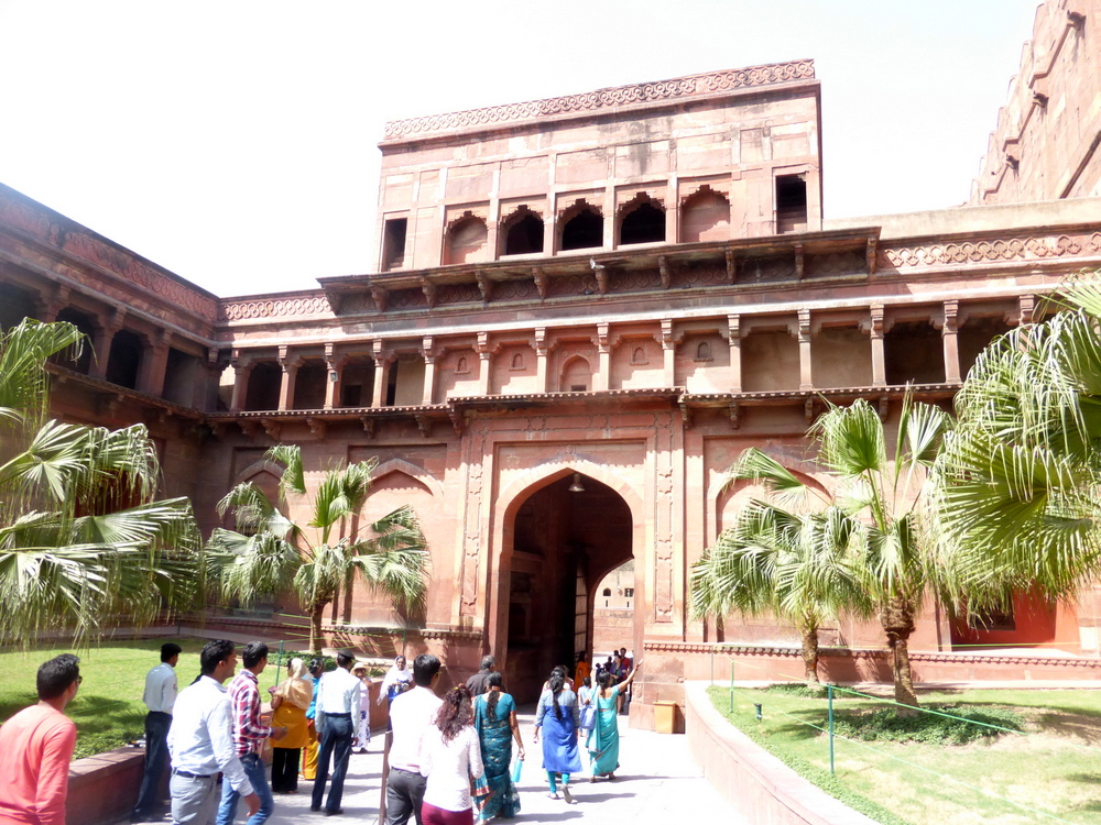 Agra Fort Bier-Traveller (72)