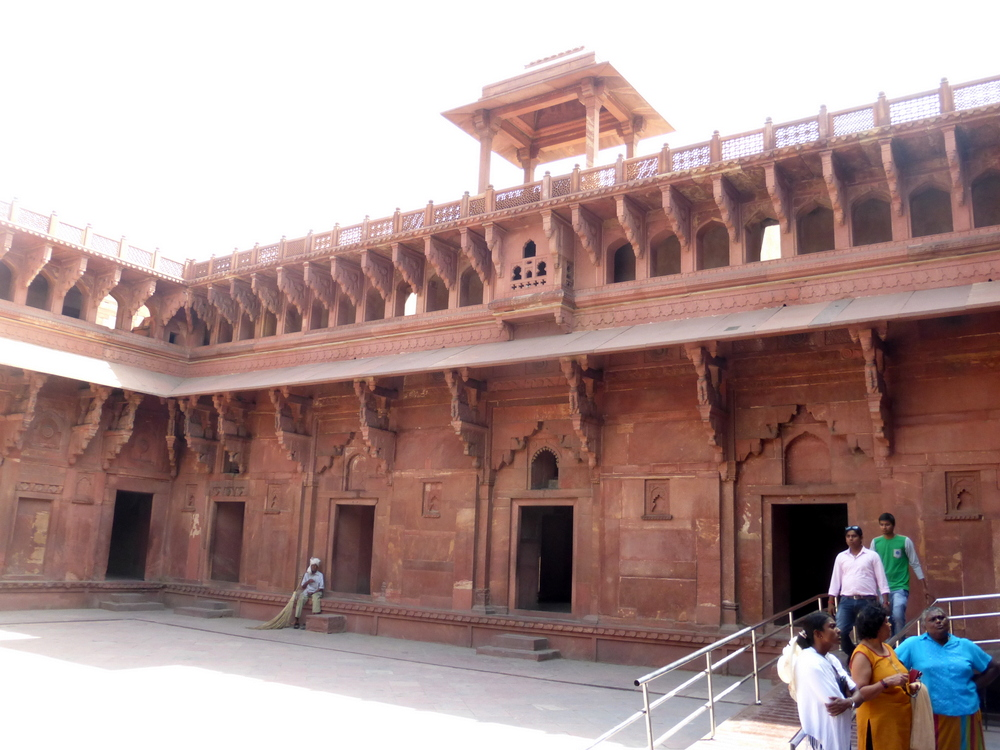 Agra Fort Bier-Traveller (81)