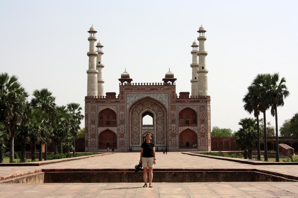 Agra Sikandra Bier-Traveller (92)