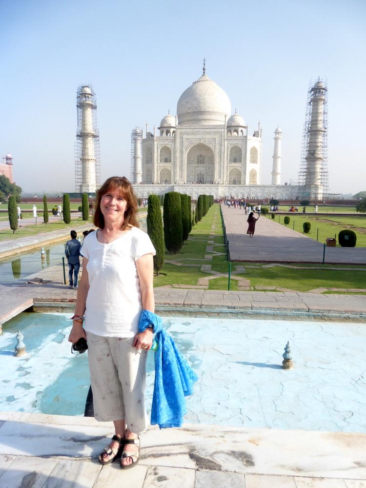 Agra Taj Mahal Bier-Traveller (118)