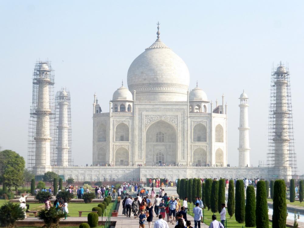 Agra Taj Mahal Bier-Traveller (124)