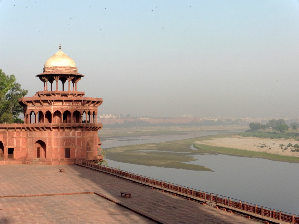 Agra Taj Mahal Bier-Traveller (78)