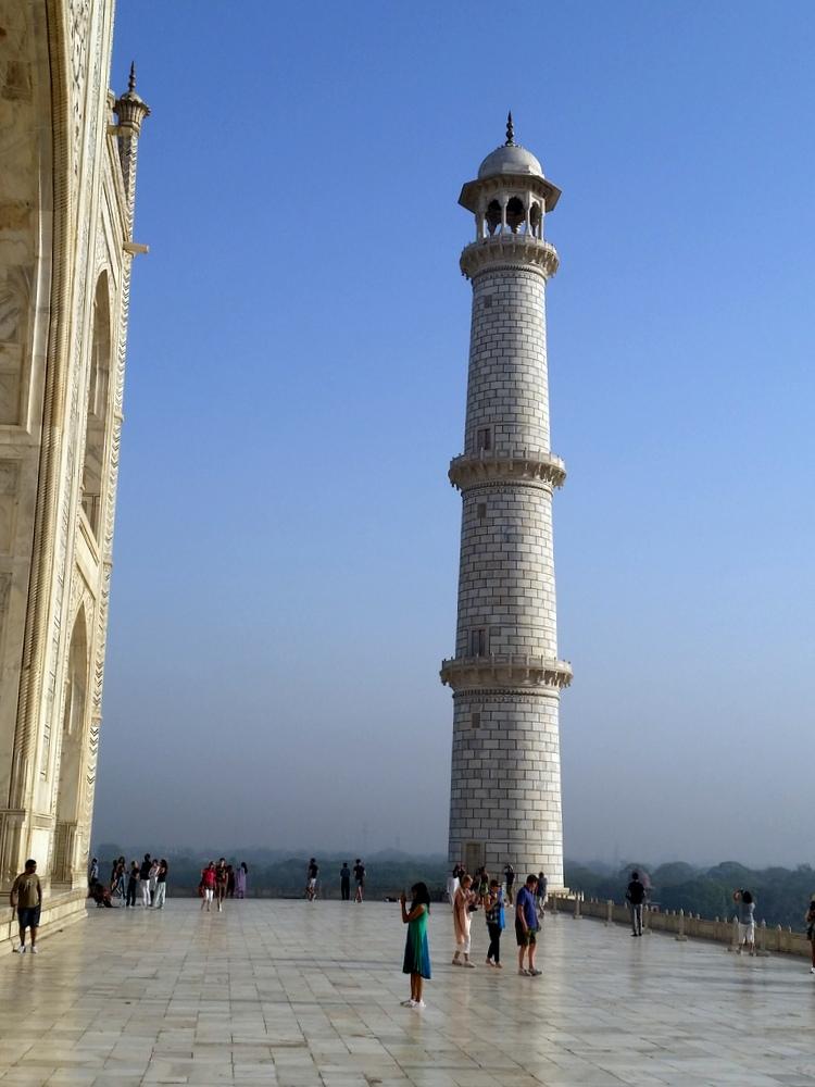 Agra Taj Mahal Bier-Traveller (8)