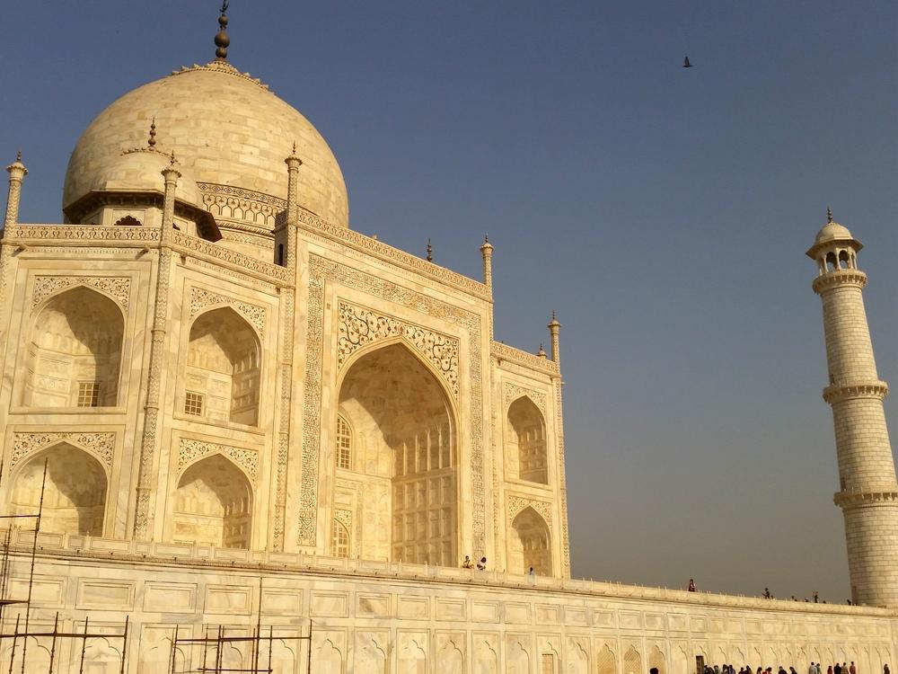 Agra Taj Mahal Bier-Traveller (9)