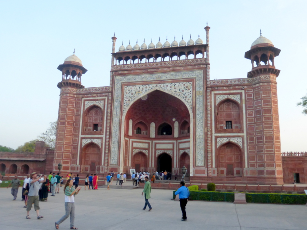 Agra Taj Mahal Bier-Traveller (91)