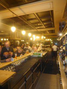 berlin-augustiner-bier-traveller-8