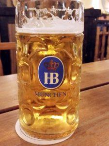 berlin-hofbrauhaus-bier-traveller-1